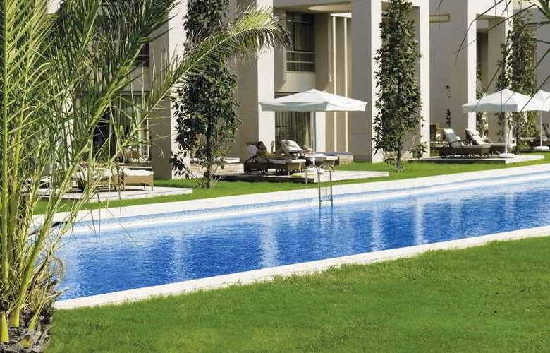 Gloria Serenity Resort - Pool - 4