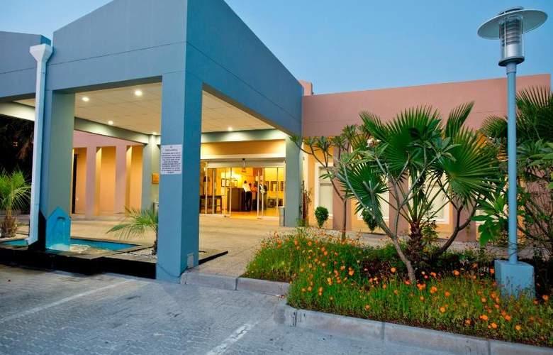Protea Hotel Ondangwa - Hotel - 8