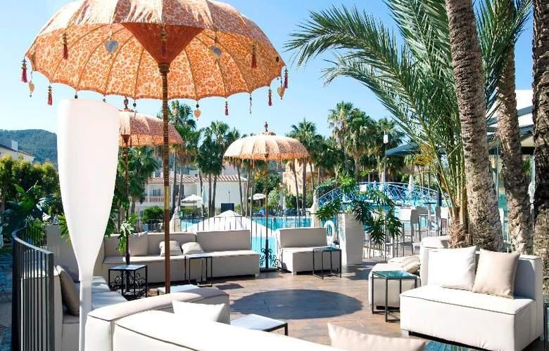 Mon Port Hotel Spa - Terrace - 202