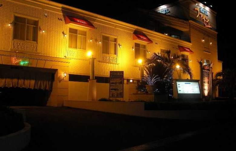 Hotel Fine Garden Senboku - Hotel - 1