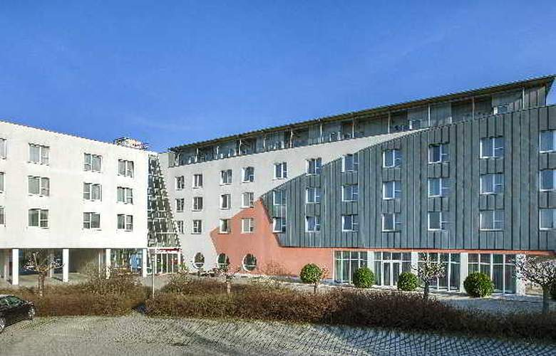 Vienna House Easy Landsberg - Hotel - 0