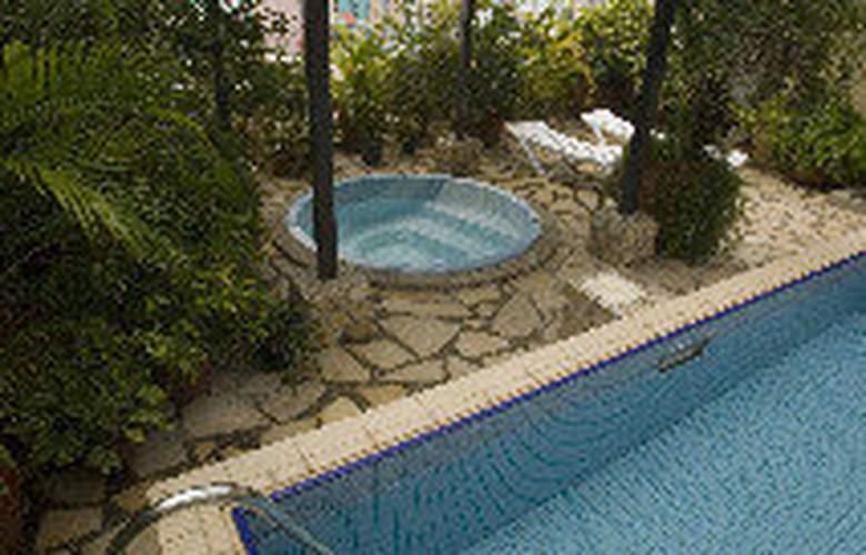 Mookai Hotel & Service Flats Pvt. Ltd - Pool - 8