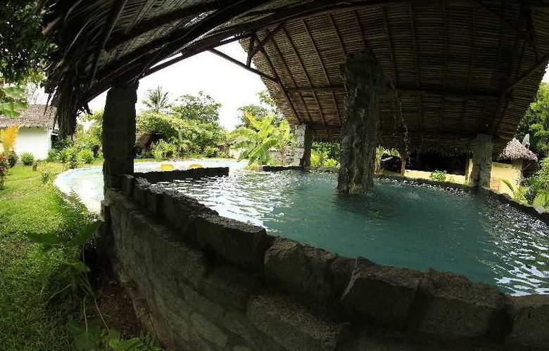 Kintana Beach Resort spa - Pool - 11