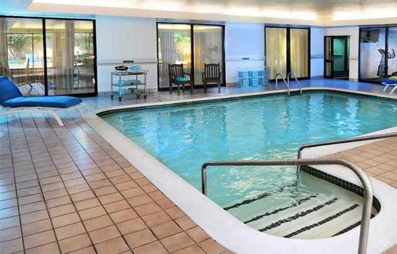 Courtyard Oklahoma City Northwest - Hotel - 2