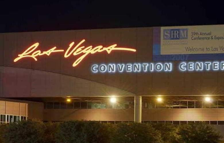 Courtyard Las Vegas Summerlin - Hotel - 21