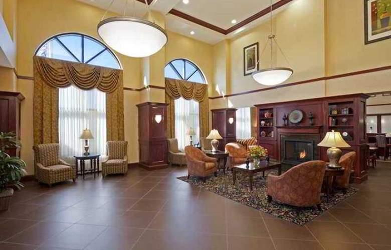 Hampton Inn & Suites Indianapolis-Airport - Hotel - 2