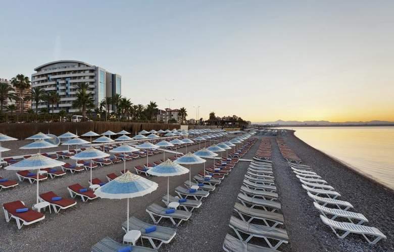 Porto Bello - Beach - 42