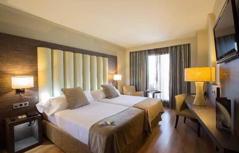 Sercotel Gran Luna de Granada - Room - 32