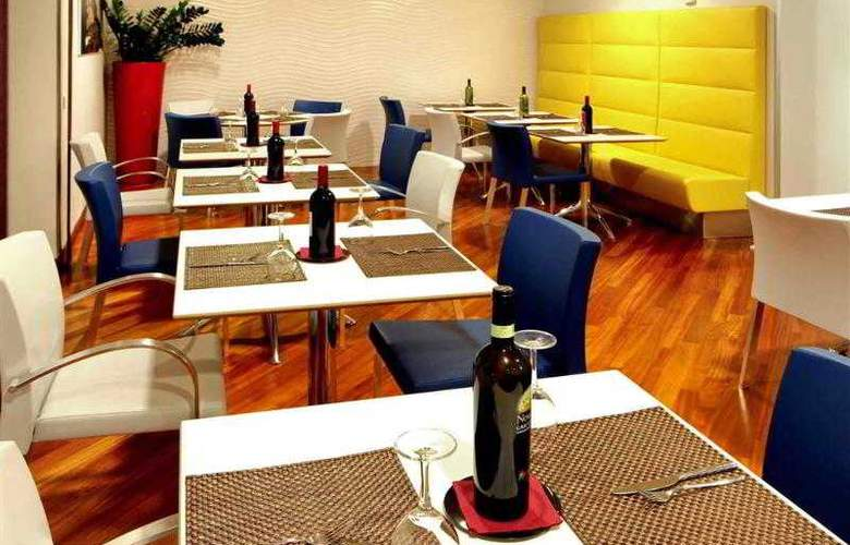 Mercure Napoli Centro Angioino - Hotel - 14