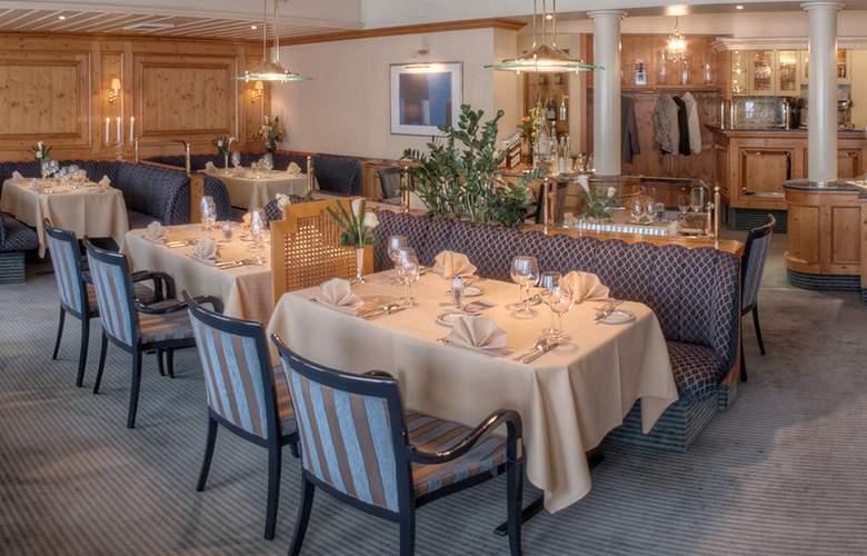 Best Western Ambassador Hotel Bosten - Restaurant - 53