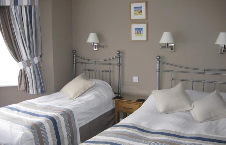 Riviera Hotel - Room - 7