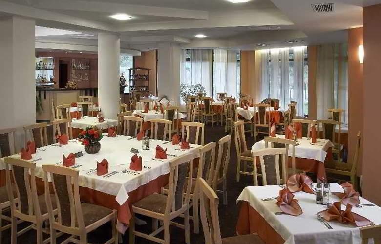 Orphey - Restaurant - 1