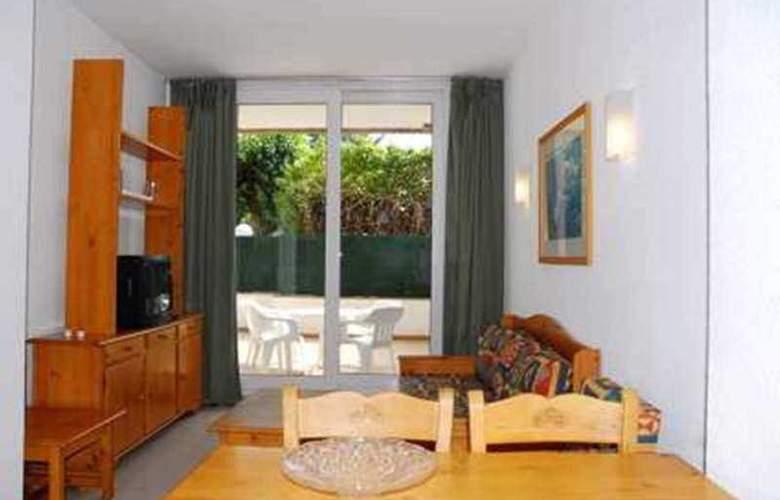 Del Sol 2D Apartamentos - Room - 8