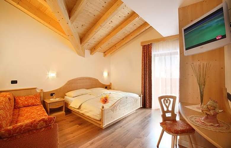 Garnì Pra Fiori - Hotel - 5