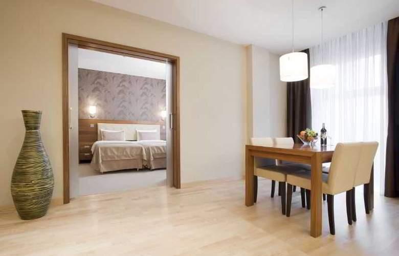 Hotel Platinum - Room - 7
