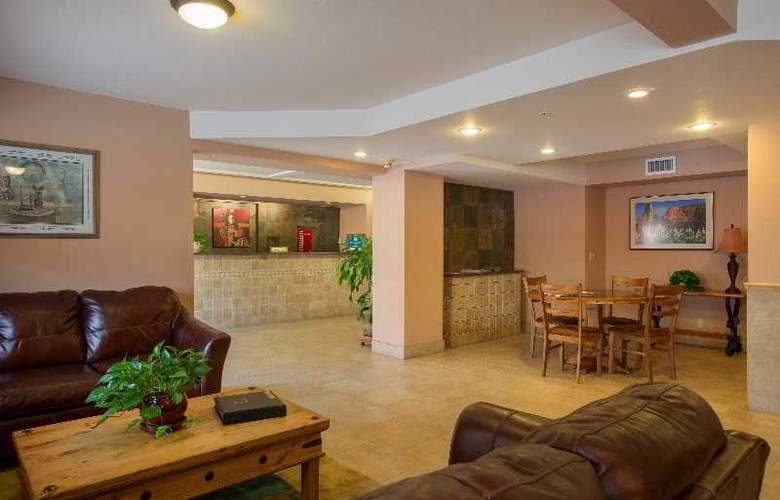 Holiday Inn Express Sedona Oak Creek - General - 9