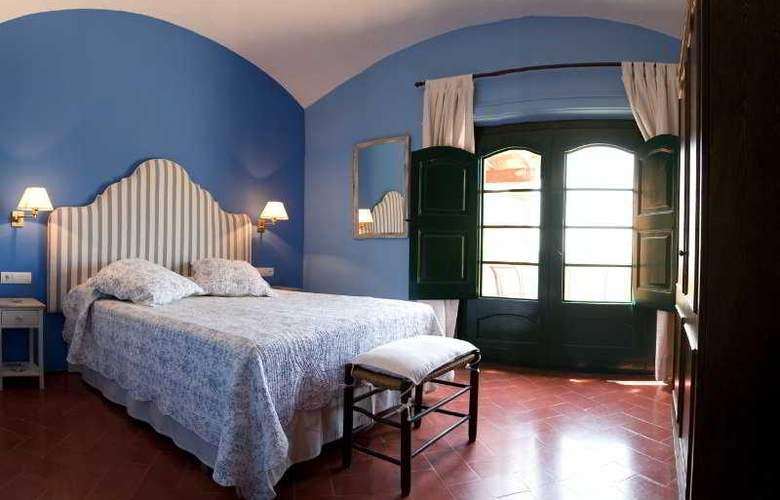 Hotel Restaurant & Spa Mas Ses Vinyes - Room - 5