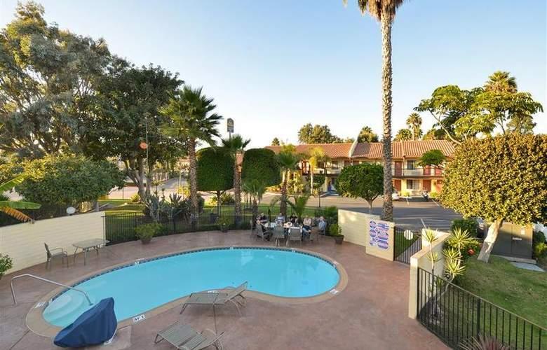 Best Western Americana Inn - Pool - 64
