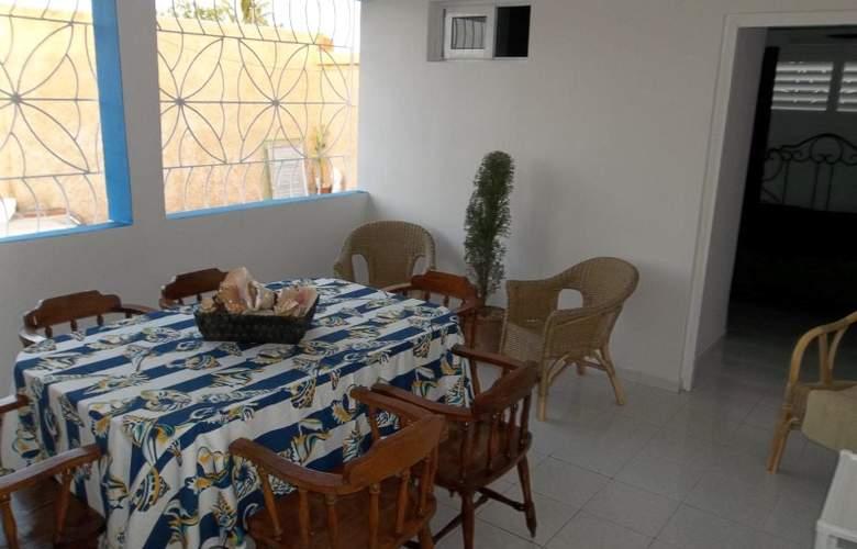Casa Isabel Varadero - Room - 11