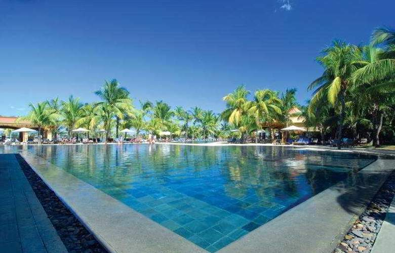 Le Mauricia Beachcomber Resort & Spa - Pool - 22