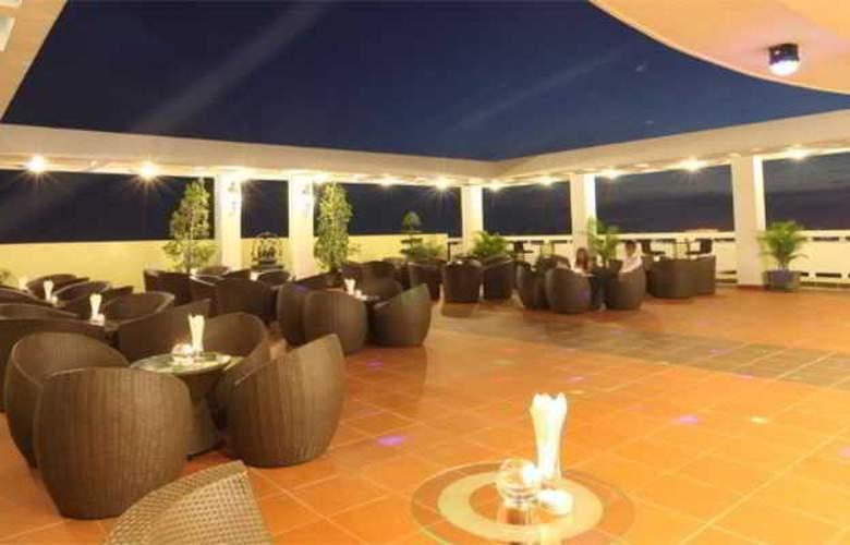 Green Palace Hotel - Terrace - 14