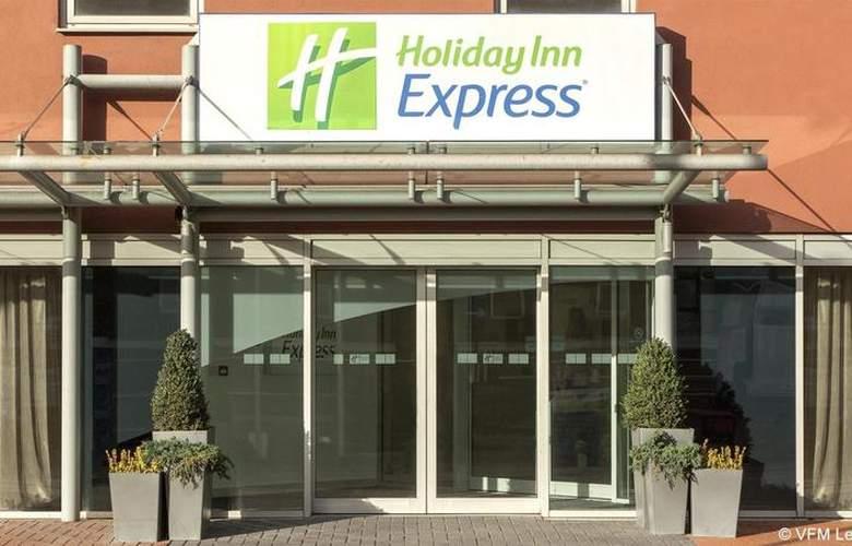 Holiday Inn Express London Limehouse - Hotel - 0