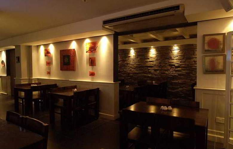 Bernard - Restaurant - 5