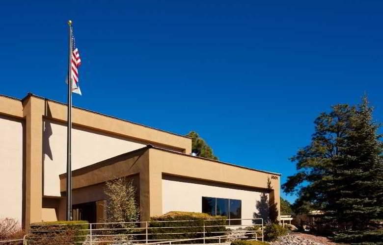 Hampton Inn Flagstaff - Hotel - 8