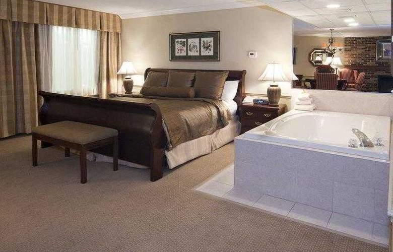 Best Western Plus White Bear Country Inn - Hotel - 20