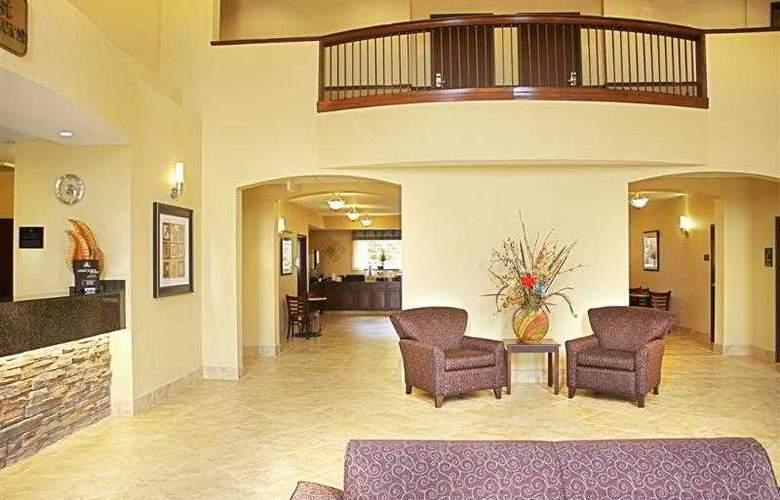 Best Western Plus Eastgate Inn & Suites - Hotel - 7