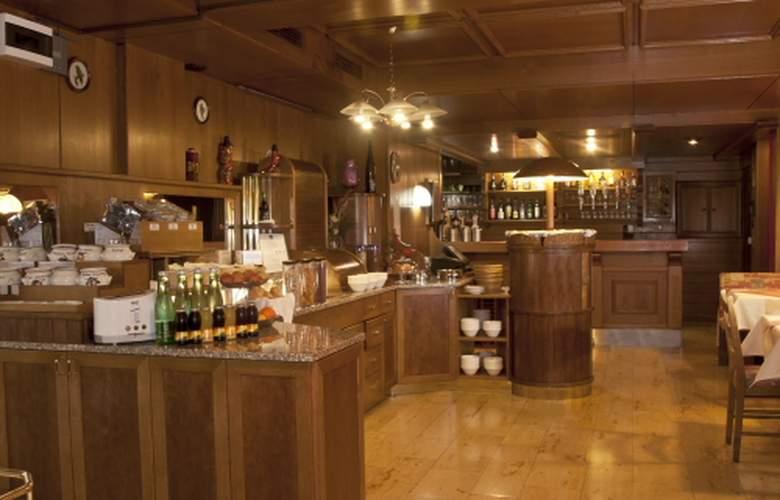 Best Western Reither - Restaurant - 10