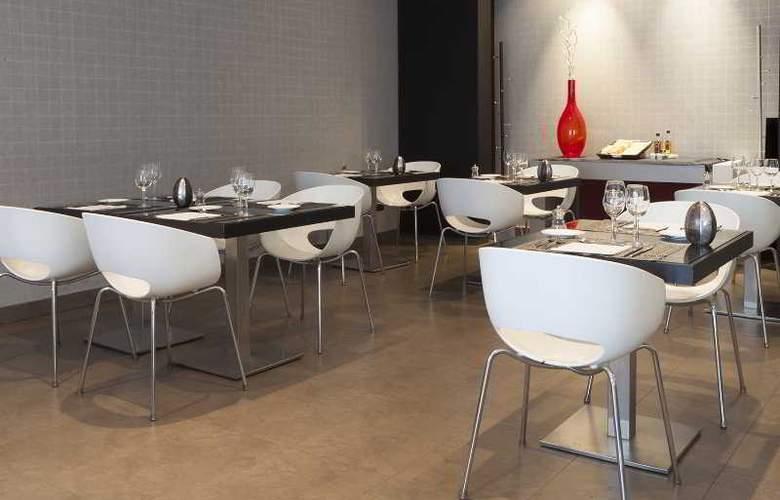 AC Coslada Aeropuerto - Restaurant - 27