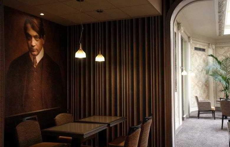 Best Western Hôtel Littéraire Premier Le Swann - Hotel - 16