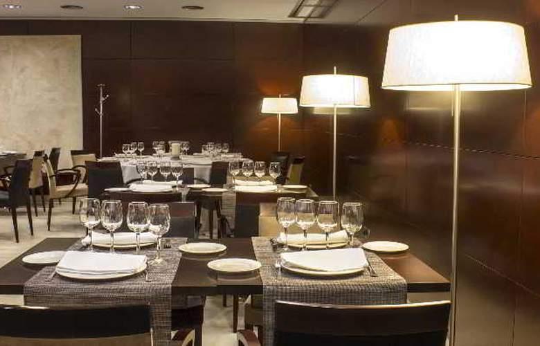 Zenit Coruña - Restaurant - 43