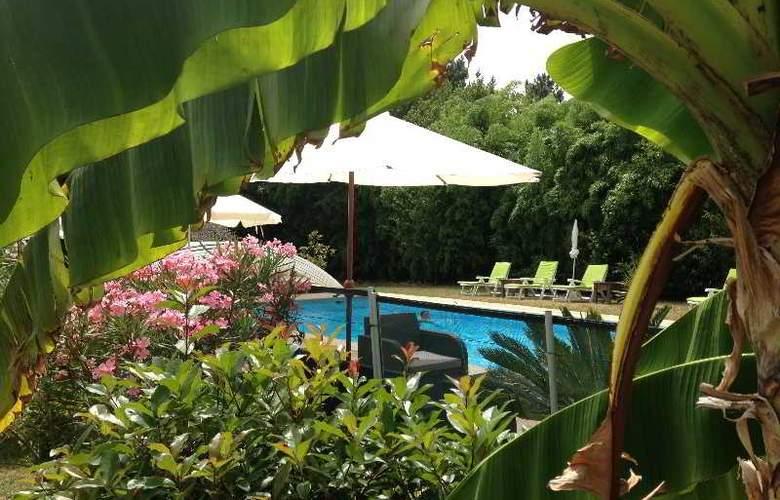 Inter-Hotel Le Lodge - Pool - 0