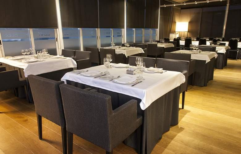 Zenit Conde de Orgaz - Restaurant - 32