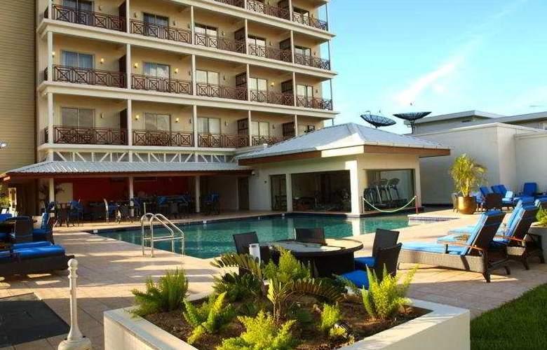 Courtyard Marriott Paramaribo - Pool - 2