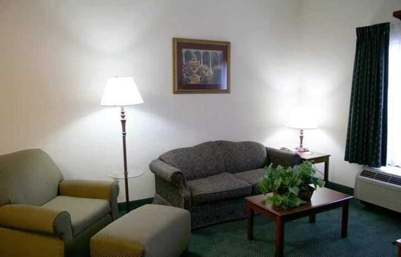Hampton Inn & Suites Toledo-North - Hotel - 6