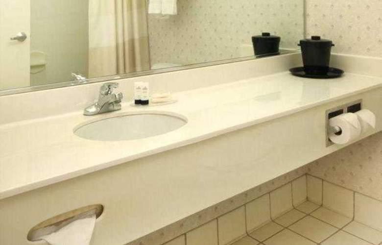 Fairfield Inn Erie - Hotel - 5