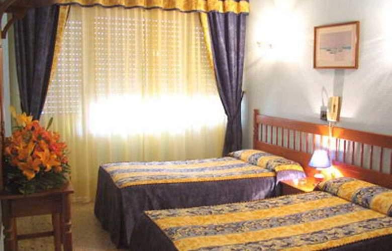 Isabel - Room - 5