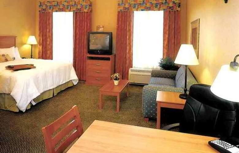 Hampton Inn & Suites Lathrop - Hotel - 4