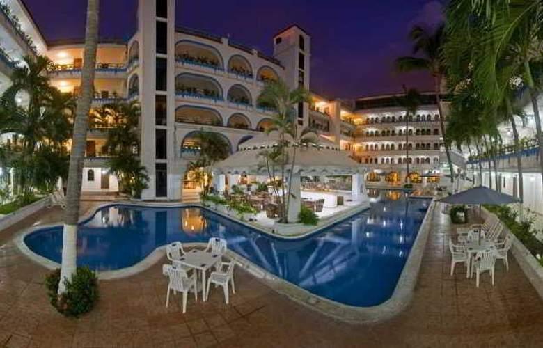 Club Fiesta Mexicana Beach - Pool - 6