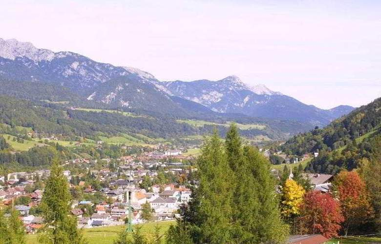 Alpine Club - Hotel - 10