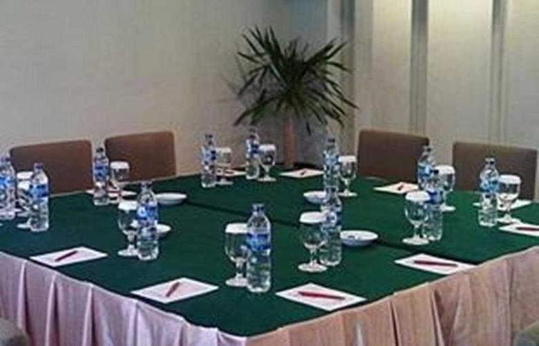 Griyadi Blue Pacific - Conference - 5