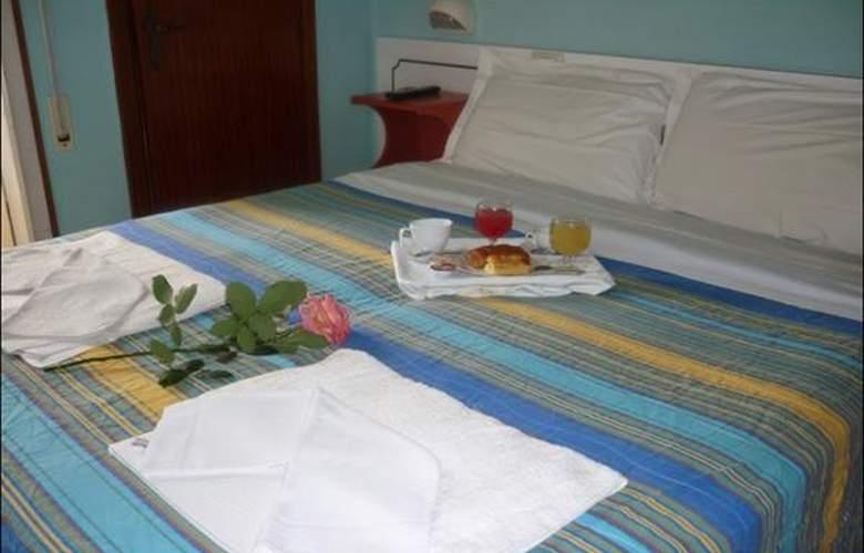 Maena - Hotel - 3