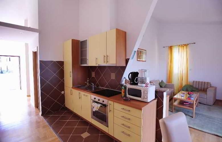 Pervanovo Apartments - Room - 16