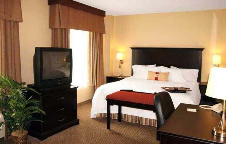Hampton Inn and Suites by Hilton Laval - Hotel - 4