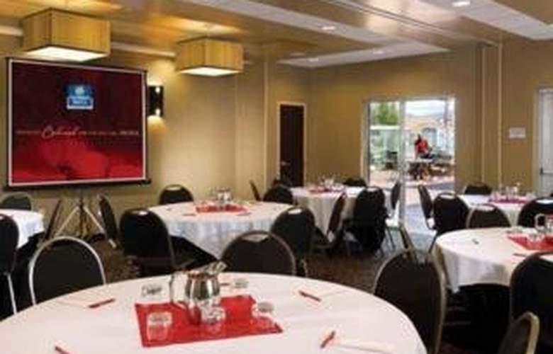 Cambria Suites Baton Rouge 1-10/College park - Restaurant - 5