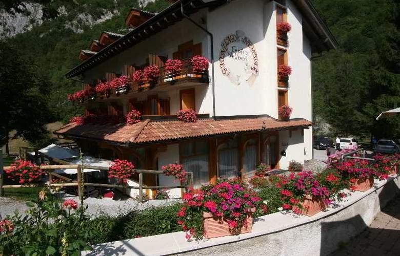 Garni Lago Nembia - Hotel - 0