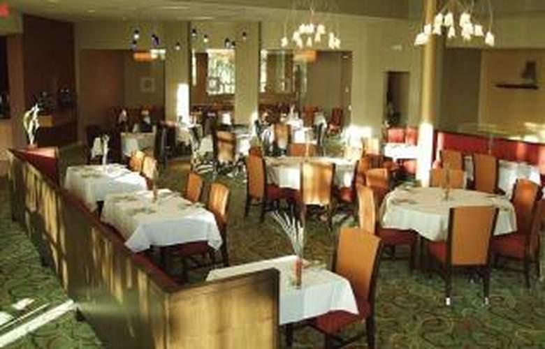 Hilton Toledo - Restaurant - 7